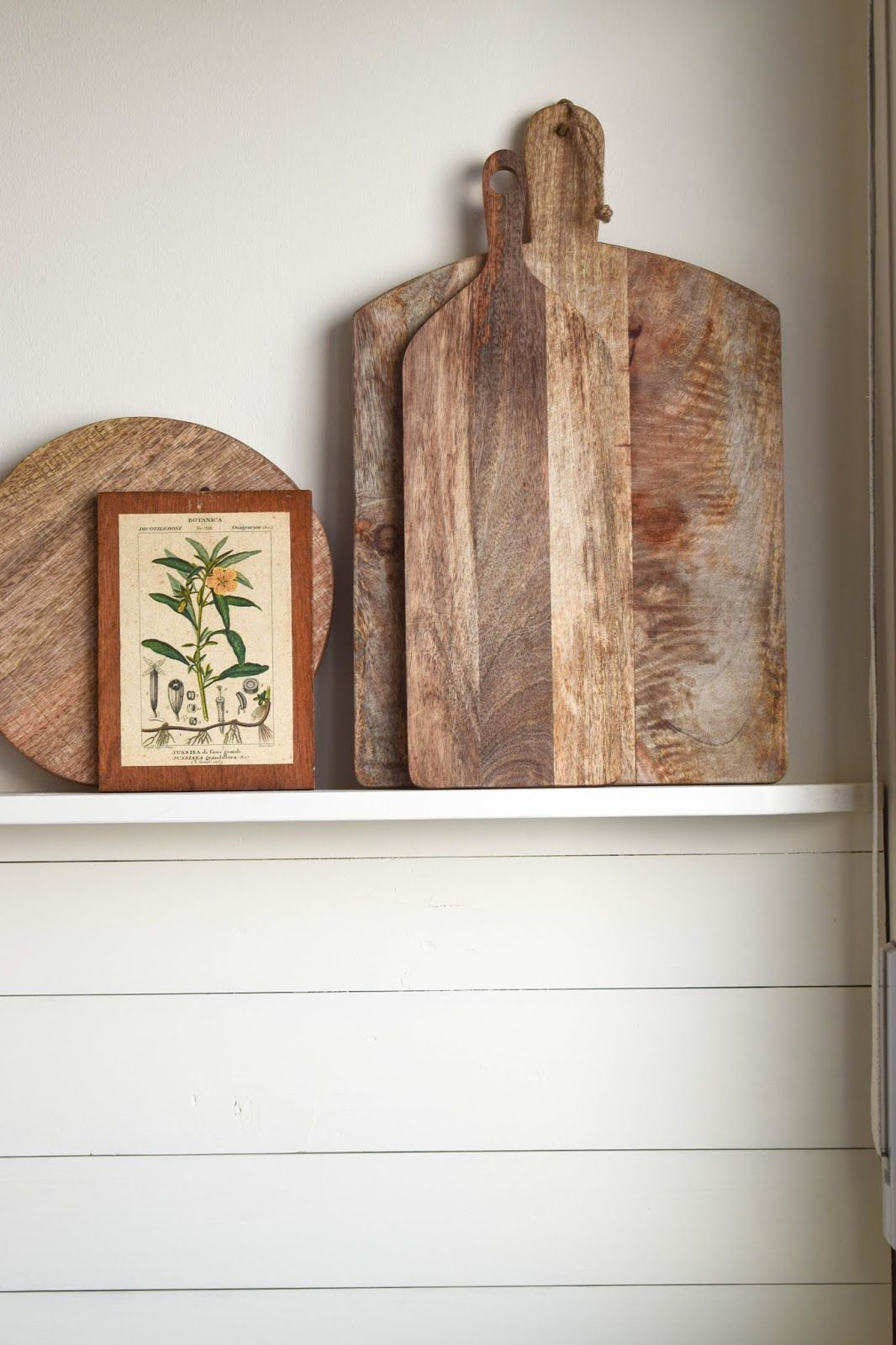 DIY Wandverkleidung Holz Selbermachen Holzvertäfelung Holzverkleidung  Wandegal Renovierung Küche Landhaus Country Kitchen Regal