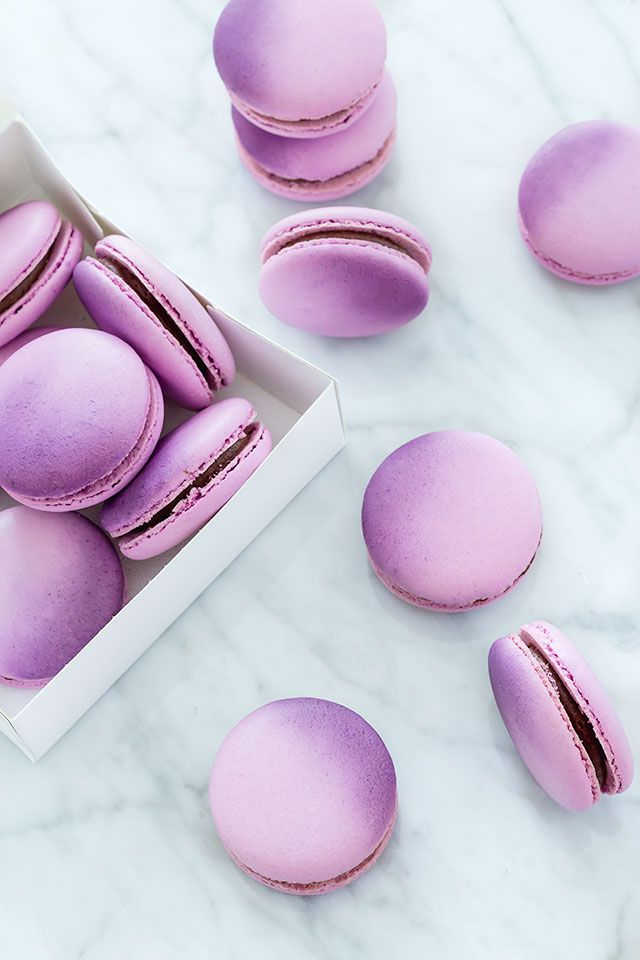 Easy Macaron Decorating Ideas - If you are ready to take your macarons to a whole new level here are some easy decorating ideas for you to try including ... & Easy French Macaron Decorating Ideas | Macarons Ombre and Sprinkles