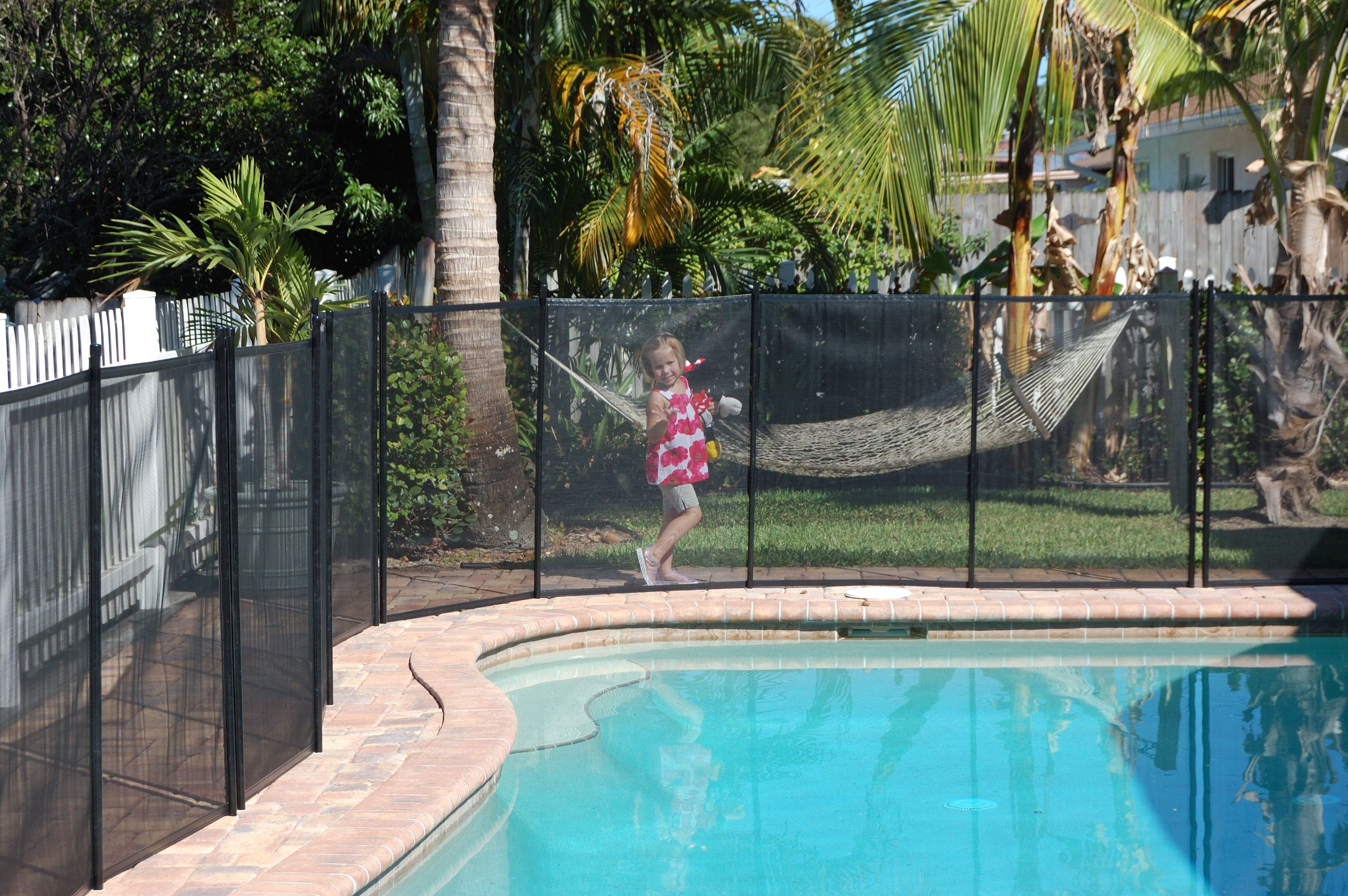 Listed Below We Take A Look At 27 Inventive Swimming Pool Secure Fencing Ideas For Residential Houses Sharing Some Innovative F Pool Fence Pool Patio Pool