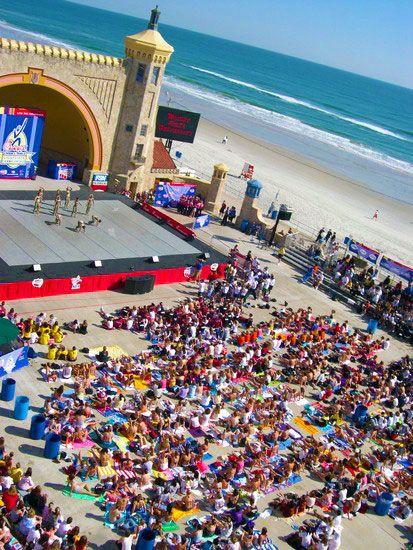 Daytona Beach Bandshell Start Finish Point Of The 2nd 3rd Annual Mutt Strutt 5k 10k