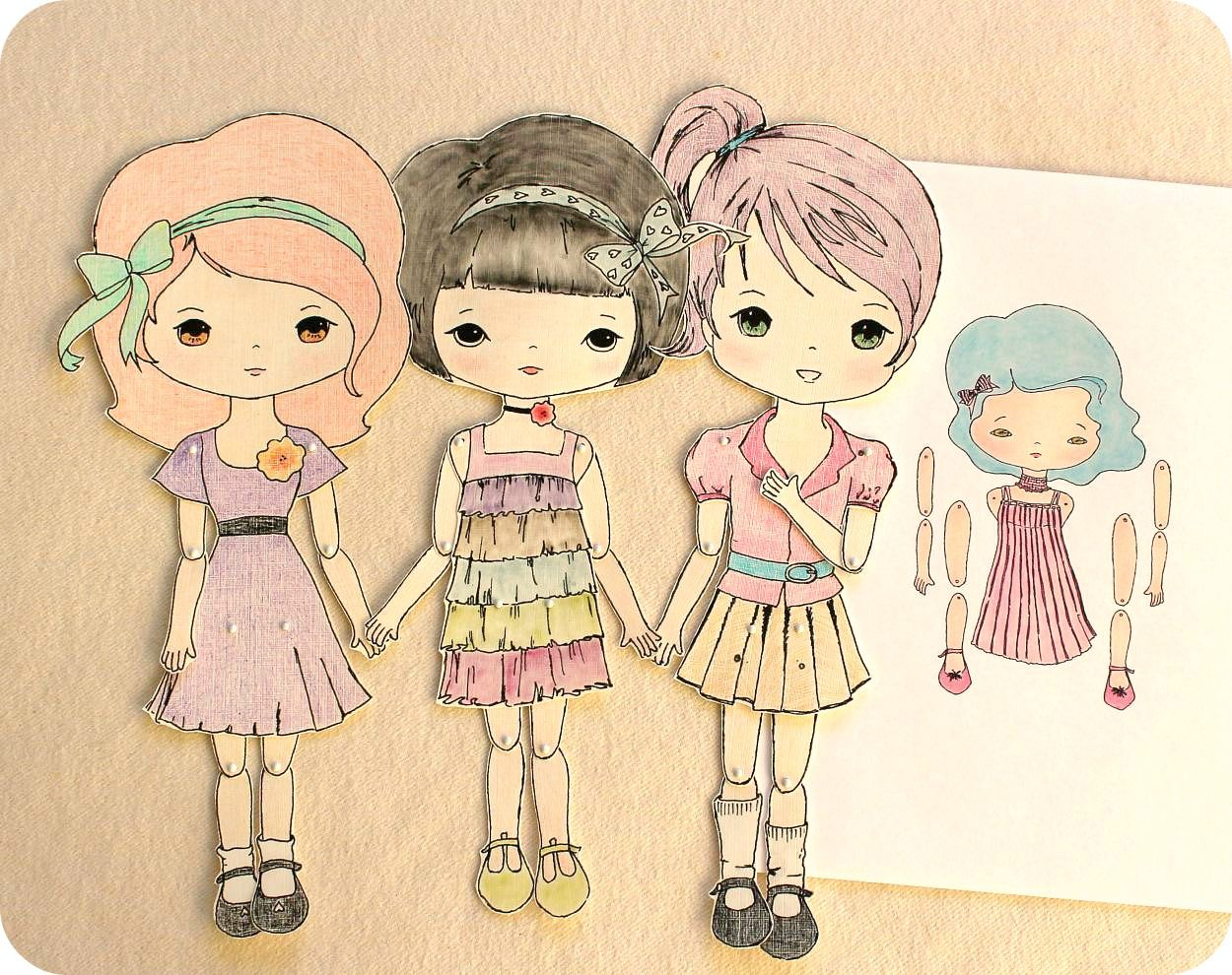 If you love paper dolls as much as i do i have a little surprise