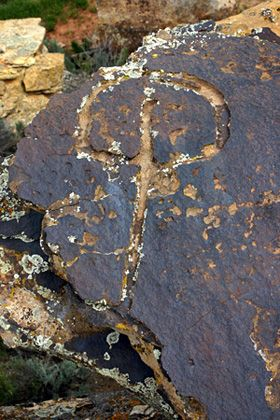 Water Glyphs: Trails of the Anasazi  to find water and villages