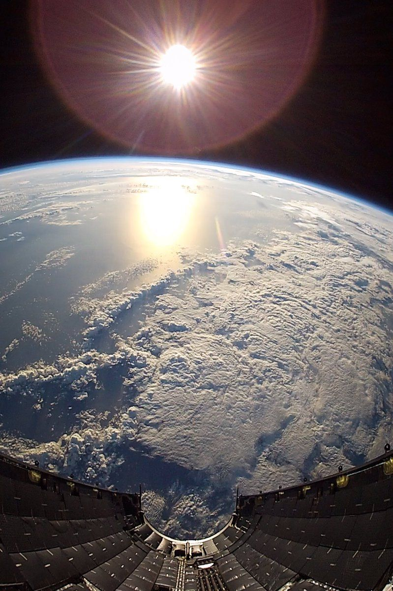 Blue Streak Daily on Twitter | Planet earth from space, Earth photos, Earth from space