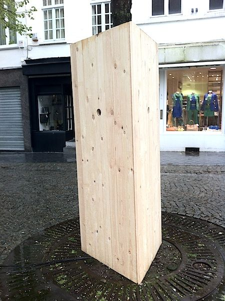 Interesting.   // At Sounding City: Public Sound in Kortrijk, the 'rumble and roar' of 11 outdoor sound art installations competed with the contingent soundscape of the old Belgian town. The competition was ... stiff ... Chris Watson lost. American sound art pioneer Leif Brush and composer Alvin Curran were among the winners.