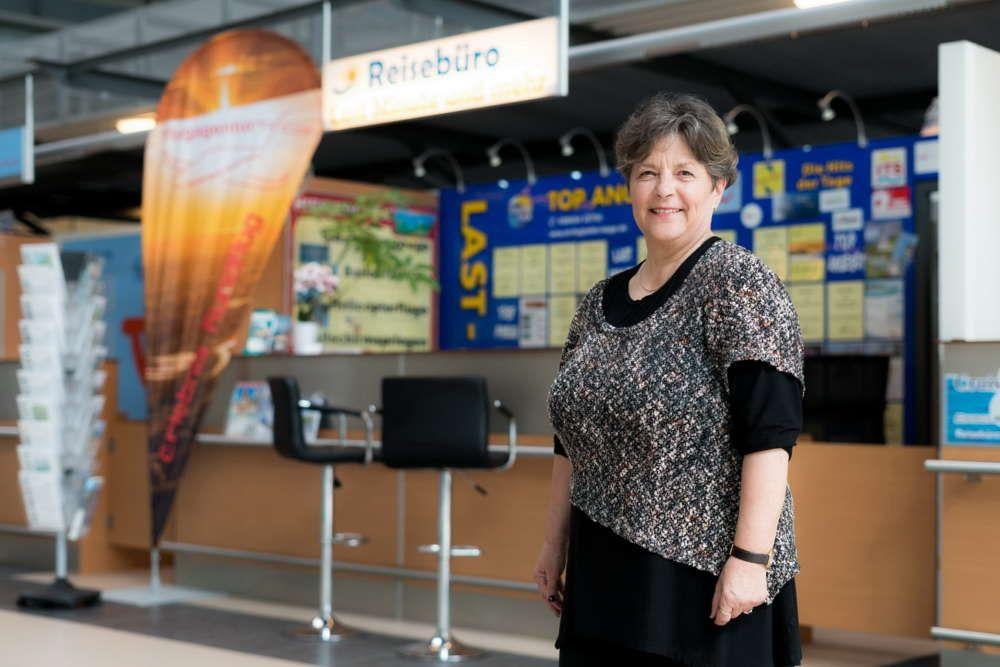 Reisebüro Last Minute am Flughafen Rostock Laage