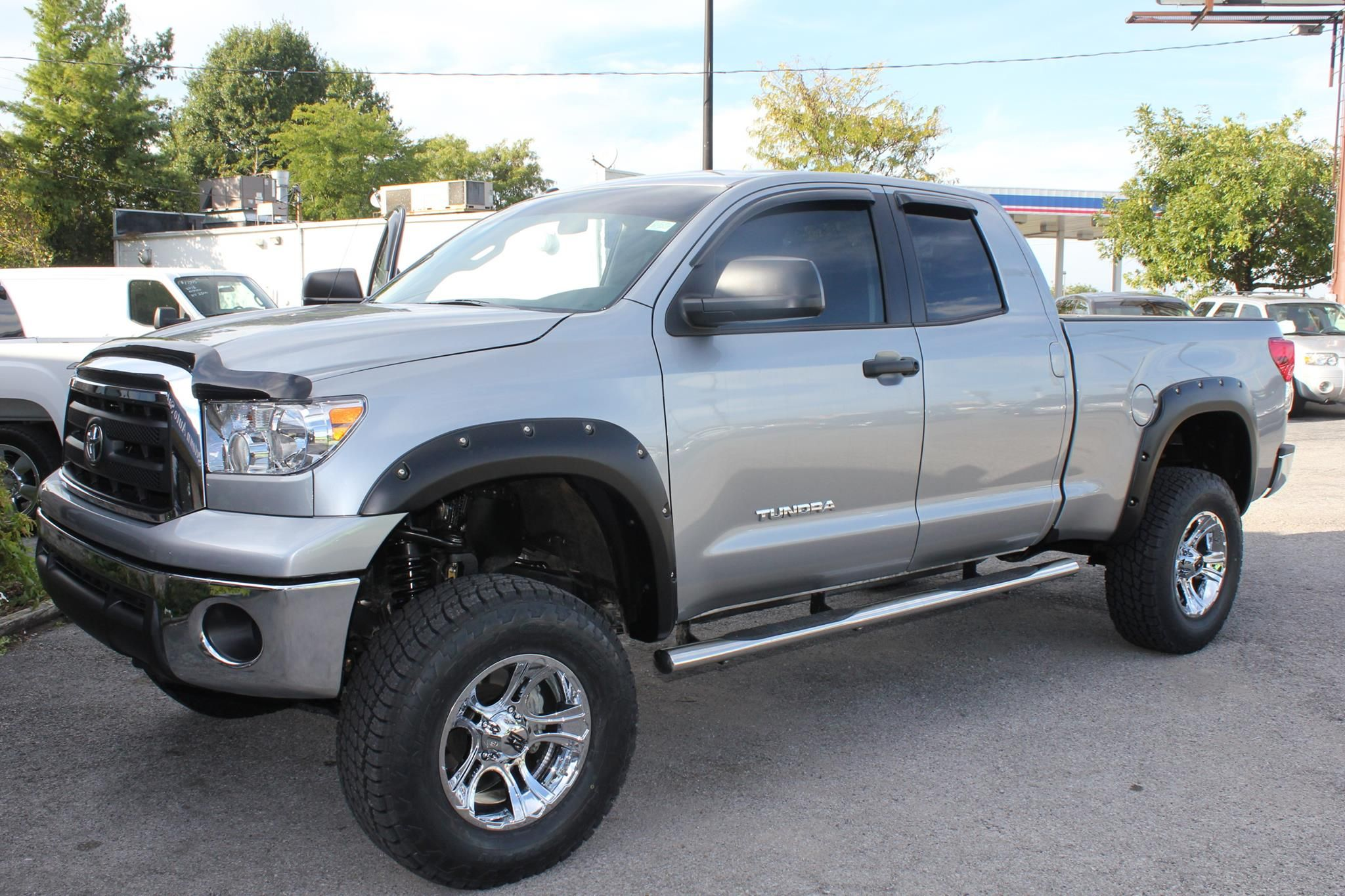 Check out this 2013 Toyota Tundra just in with a 6 inch ...