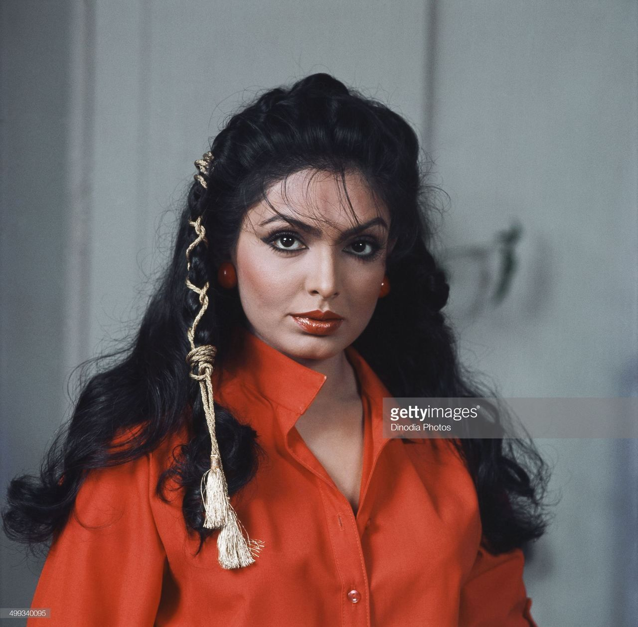 Memories Do Last Forever Parveen Babi Retro Hairstyles Retro Fashion 70s