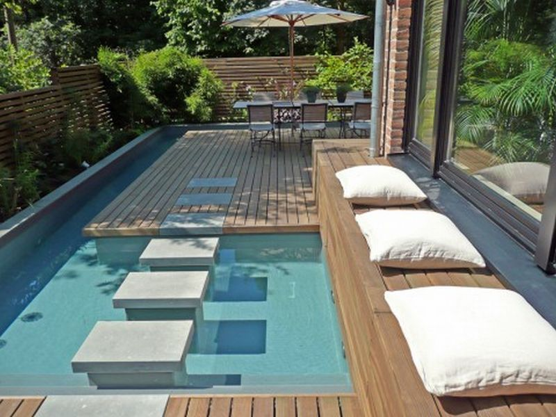 spool pools for small yards | Small Backyard Pool Designs