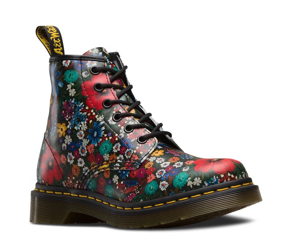 101 wanderlust dr martens boots pinterest aficionados chefs y botas. Black Bedroom Furniture Sets. Home Design Ideas