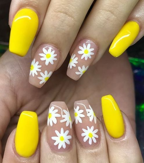 Sophisticated Spring Nail Art Design With White And Yellow Flowers Yellow Nails Design Yellow Nails Nail Designs