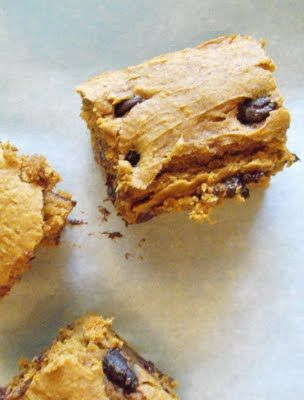.pumpkin snack cake   Moist and tastes like it's from scratch. And it's only cake mix and canned pumpkin. A great go-to recipe.  *****
