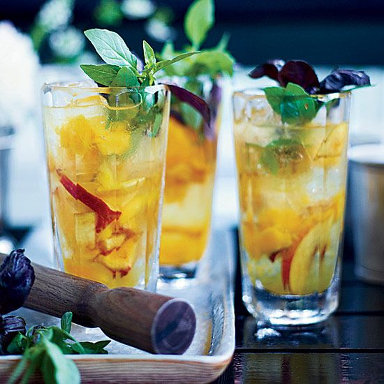 This light and refreshing gin cocktail is as reminiscent of the American #South as it is of the South of #France.