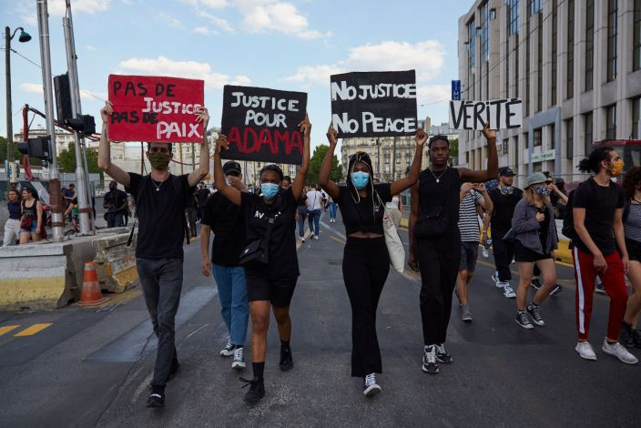 Powerful Photos Of Black Lives Matter Protests Around The World Black Lives Matter Protest Black Lives Black Lives Matter