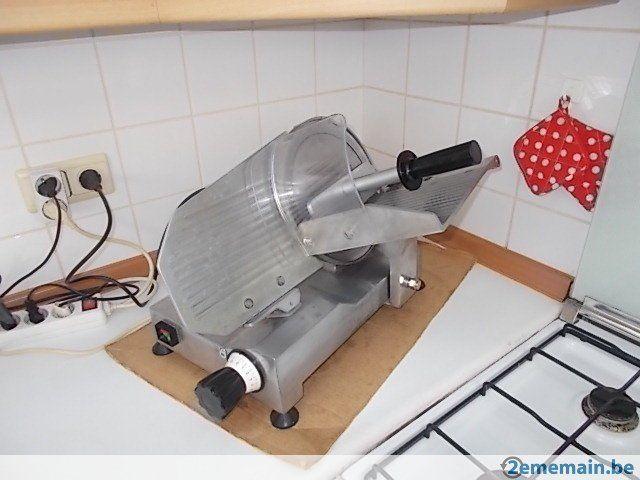 Trancheuse Diamond Gpe 250 A Vendre Equipement Cuisine A Vendre Robot Menager