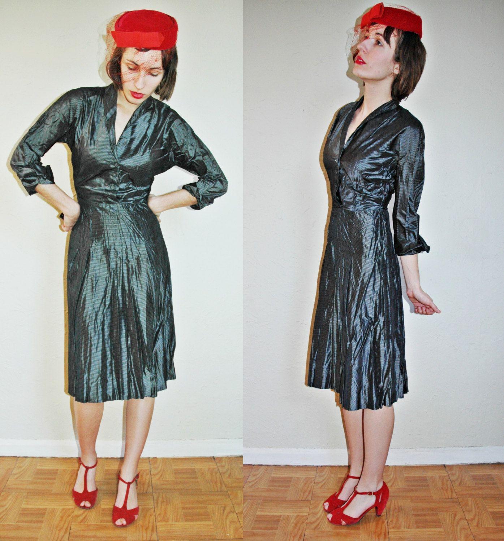 S a l e vintage s midnight striped grey silver shiny taffeta dress