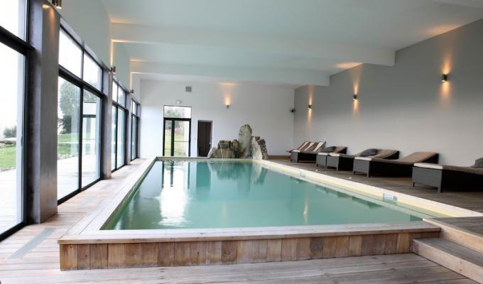 Chambres Du0027hotes Piscine Interieure Chauffee Pres De Sartene Corse - location villa piscine couverte chauffee
