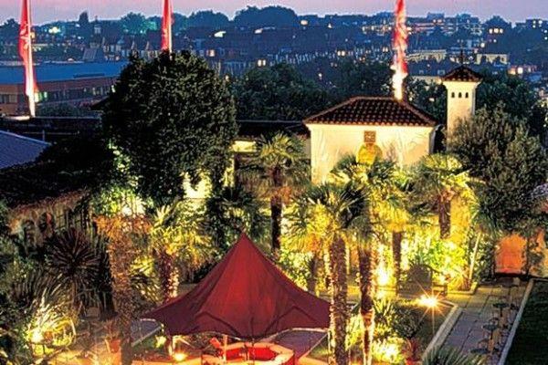 463e2938f68791ff7cff4979270f99e0 - Rooftop Film Club Kensington Roof Gardens