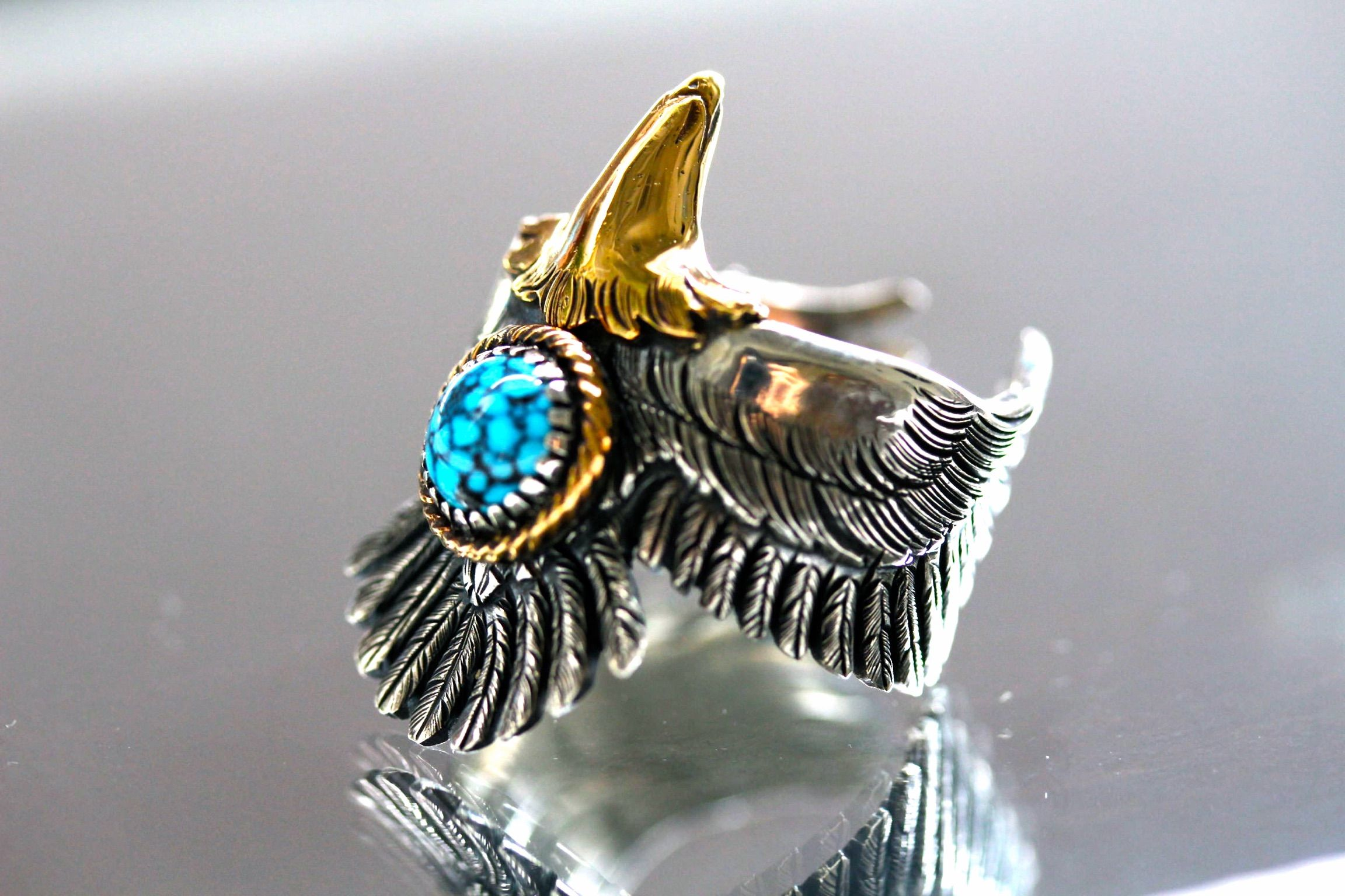 K18 Point Eagle Ring