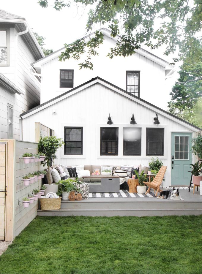 Patio Furniture Layout for a Large Deck | The DIY Playbook
