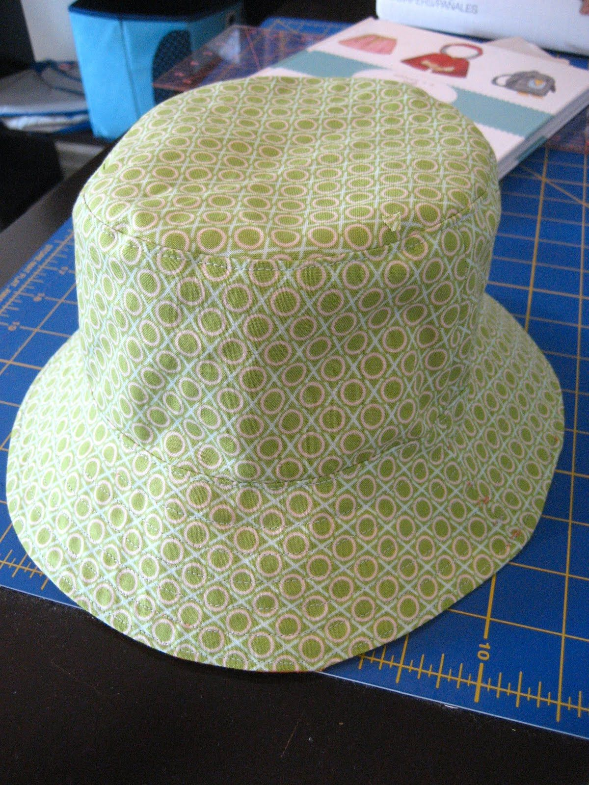 a little gray: bucket hat  good blog for Oliver+S sew along and fabulous quilts