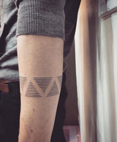 40 Stylish Armband Tattoos For Men Women Tattoos On Men