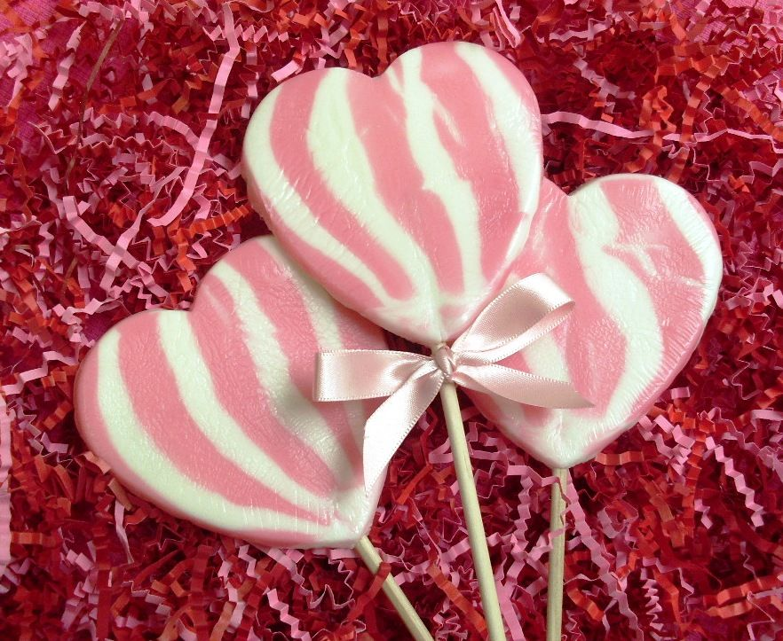 Pink Heart Shaped Swirl Lolly Rock Candy Favours Personalized Sweets Wedding