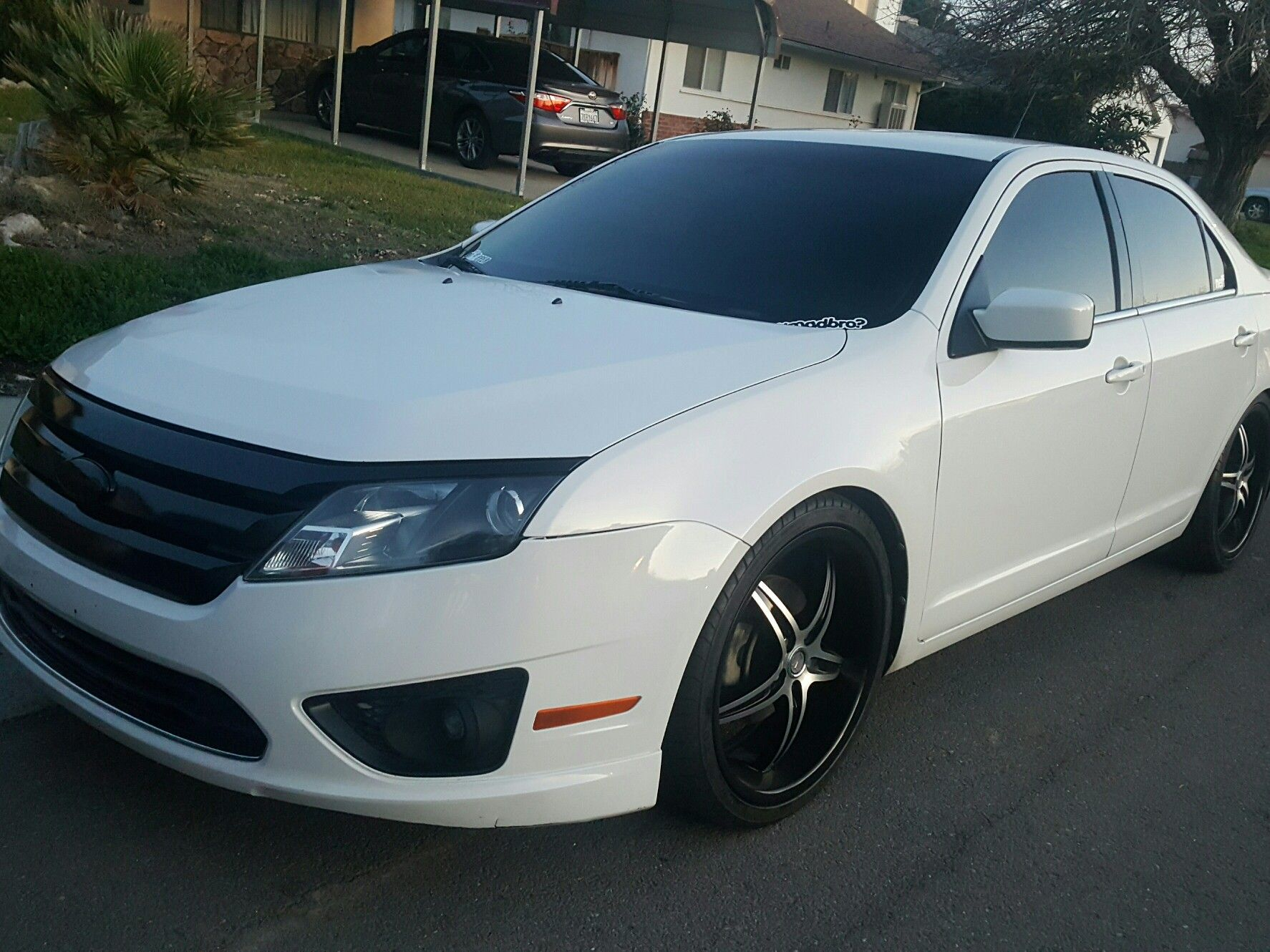 2010 Ford Fusion Tinted All Around Lowered On 20s Painted Grill