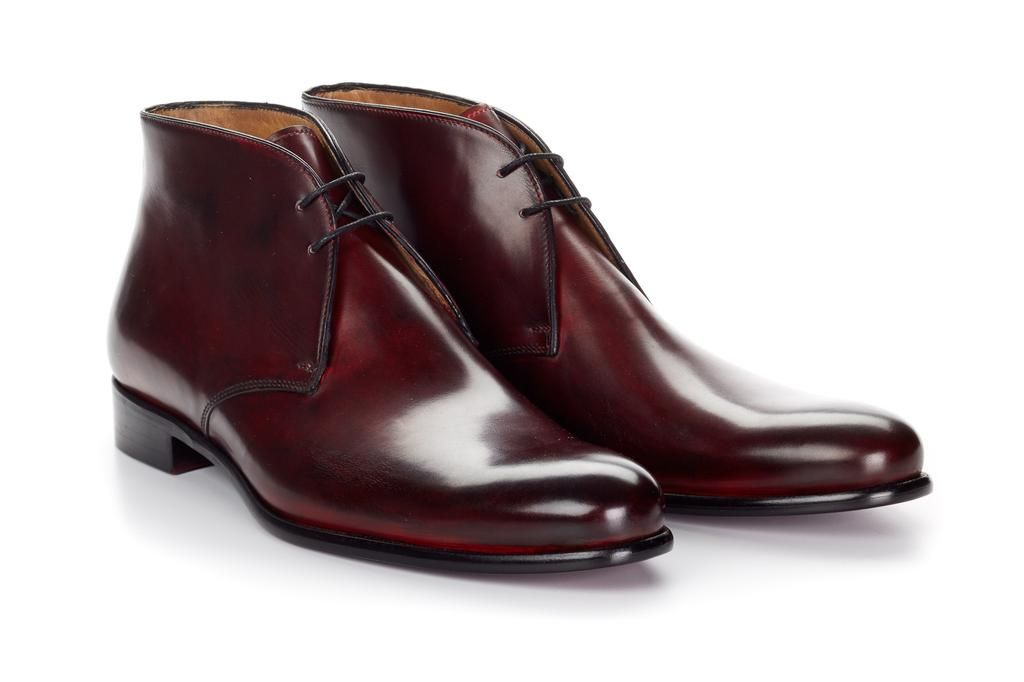 05184253c16 The Newman Chukka Boot - Marrone