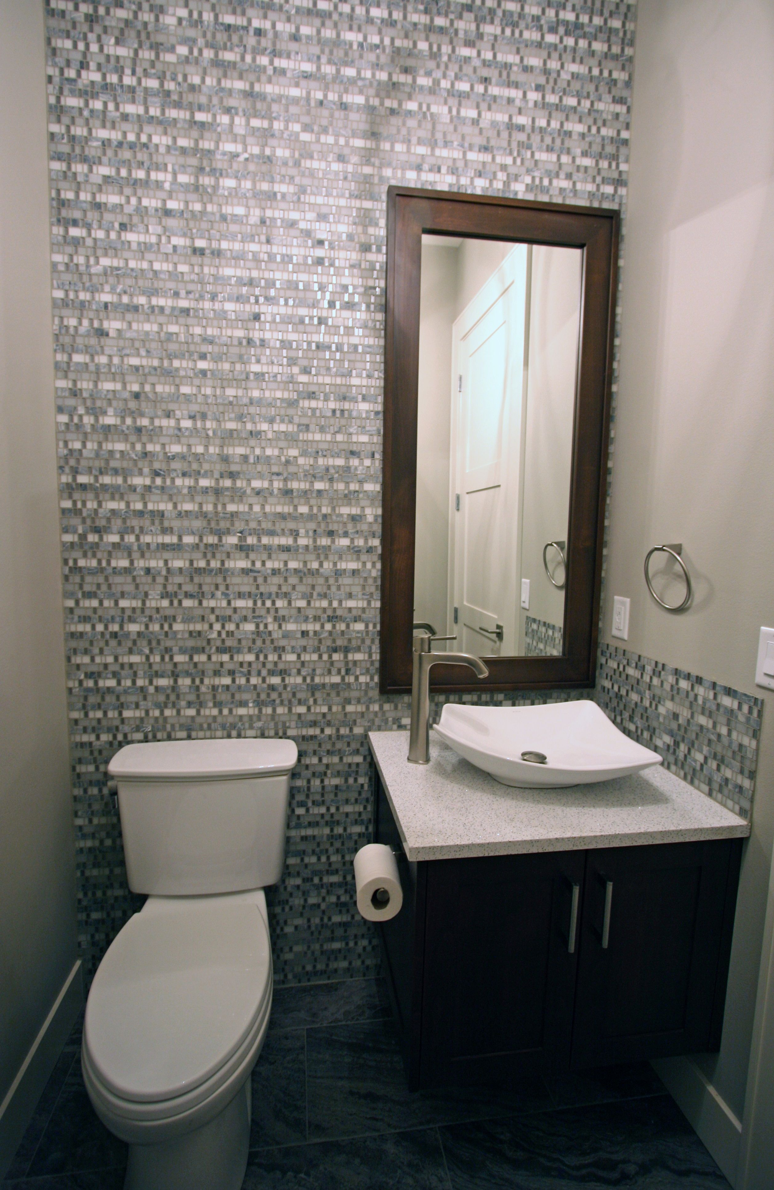Mosaicmonday Highlights A Gorgeous Mosaic Installation By Taylor Designs Out Of Spokane Washington Using Our Amazing Bathrooms Tile Design Retail Furniture