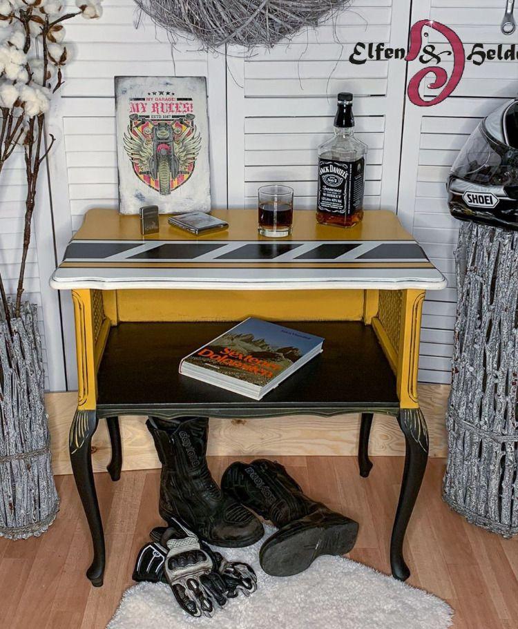 Inspired by the Special Editions of Yamaha XJR1200 / XJR 1300 Tribute to their Racer Kenny Roberts Original Crafts & Art by Elfen & Helden Shop here www.elfen-und-helden.de Get Dixie Belle Paint here www.elfen-und-helden.de/shop/diyer/dixiebelle-paint-company #vintagefurniture #paintedfurniture #handpainted #createallday #creativeentreprenuer #makersgonnamake #ElfenUndHelden #DixieBellePaint #bestpaintonplanetearth #kennyroberts #XJR1300 #XJR1200