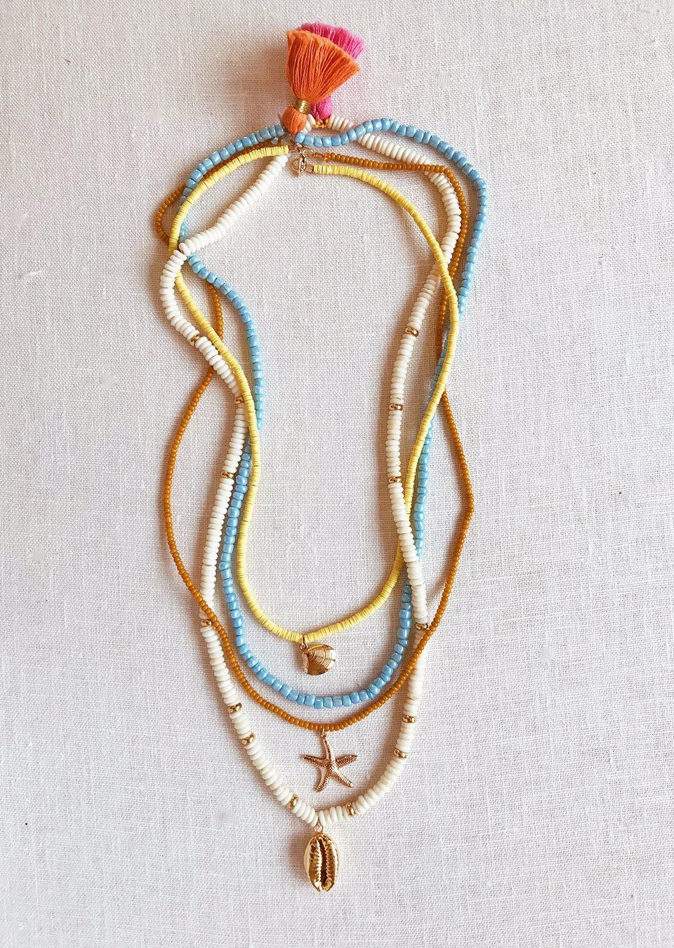 Photo of DIY Beaded Shell Necklaces – Honestly WTF  Girls can be quite fashionable and …