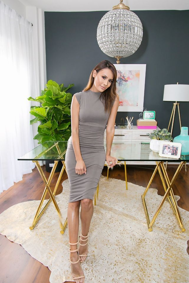 Beauty guru desi perkins   new work space is decidedly chic also youtube star inside her renovated home office rh pinterest