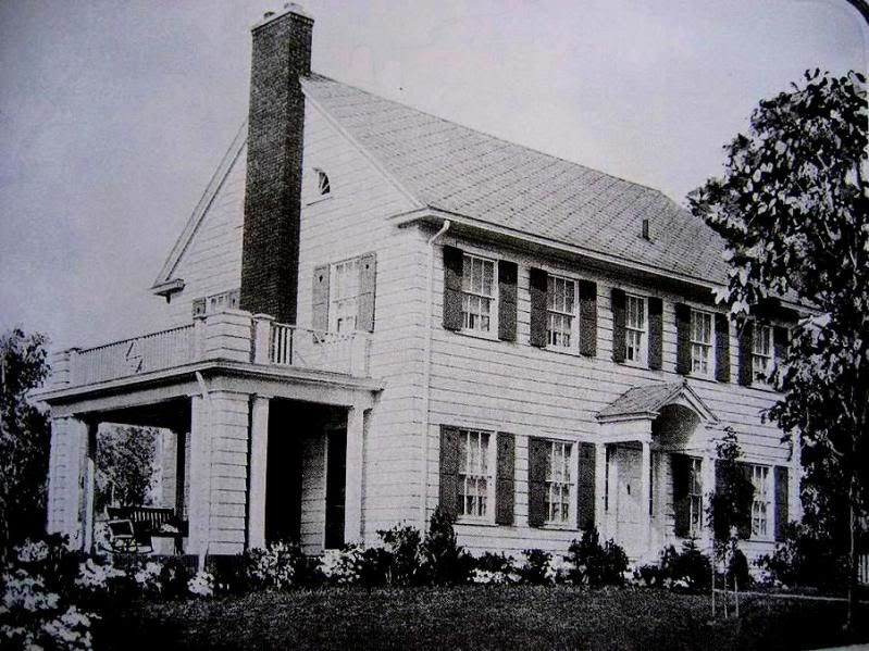 Pin By Lina Anne Smith On 1928 Home In 2020 Kit Homes Sears Catalog Homes Lexington Home