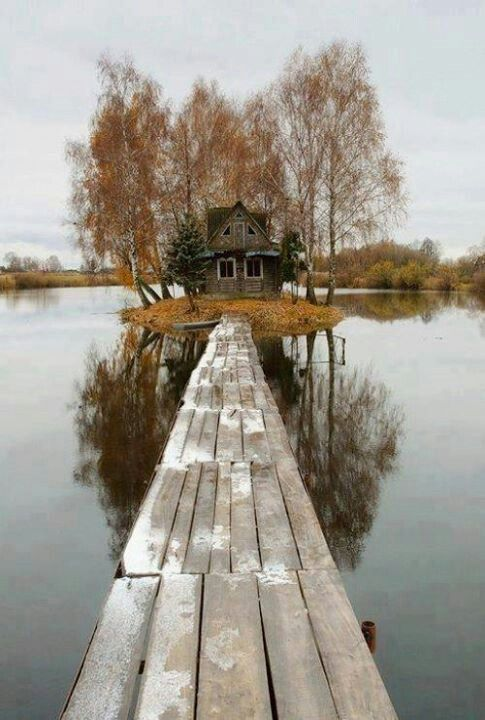Finland, Island House