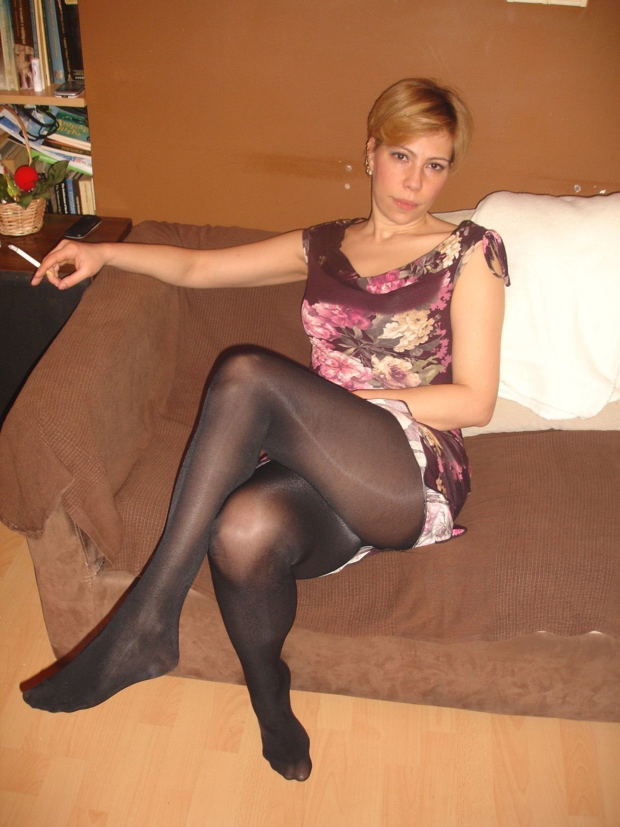 Pin On Candid Stocking Girls-1404