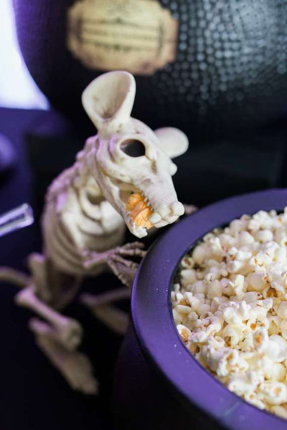 Spooky-Witches-Den-Party-Skeleton Birthday Party Decoration Ideas - halloween food decoration