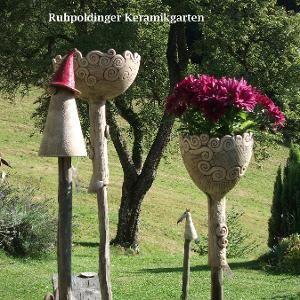 Ruhpoldinger-Keramikgarten, Ton & Keramik, Gabriele Hinterseer - Zaunhocker #kunstoghåndverk