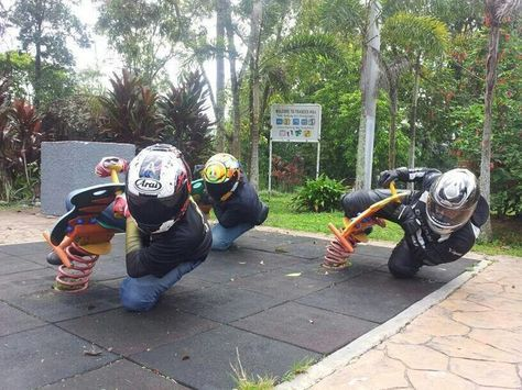Motard ! | Humour motard, Humour moto, Images drôles
