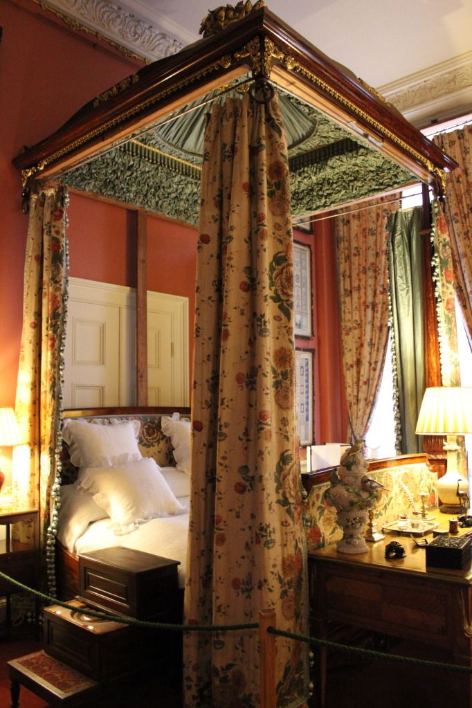 English Country Manor Bedrooms