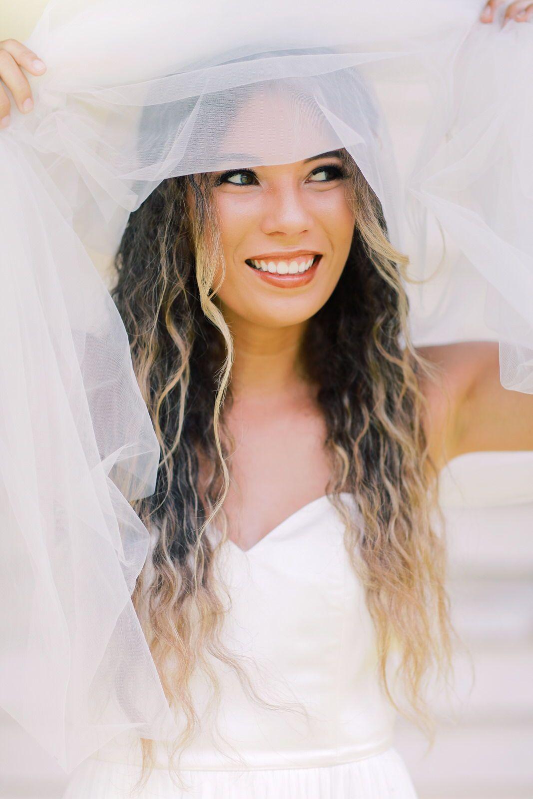 An Elegant Bride in Her Leanne Marshall Wedding Dress   Leanne ...