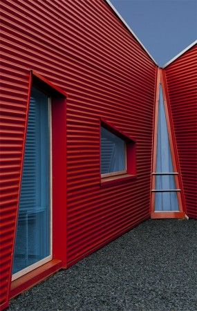 Red Meets Blue By Jef Van Den Houte Corrugated Roofing Metal Facade Architecture