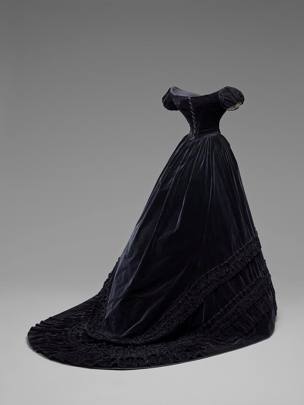 Ss evening dress artisanat peinture personnage robessacs à