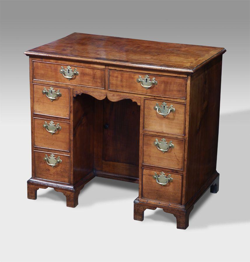 Antique kneehole desk - Antique Kneehole Desk DESKS Pinterest Desks, Antique Desk And