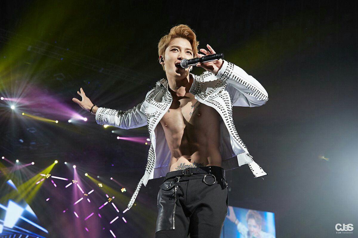 Kim Jaejoong 김재중 (JYJ)