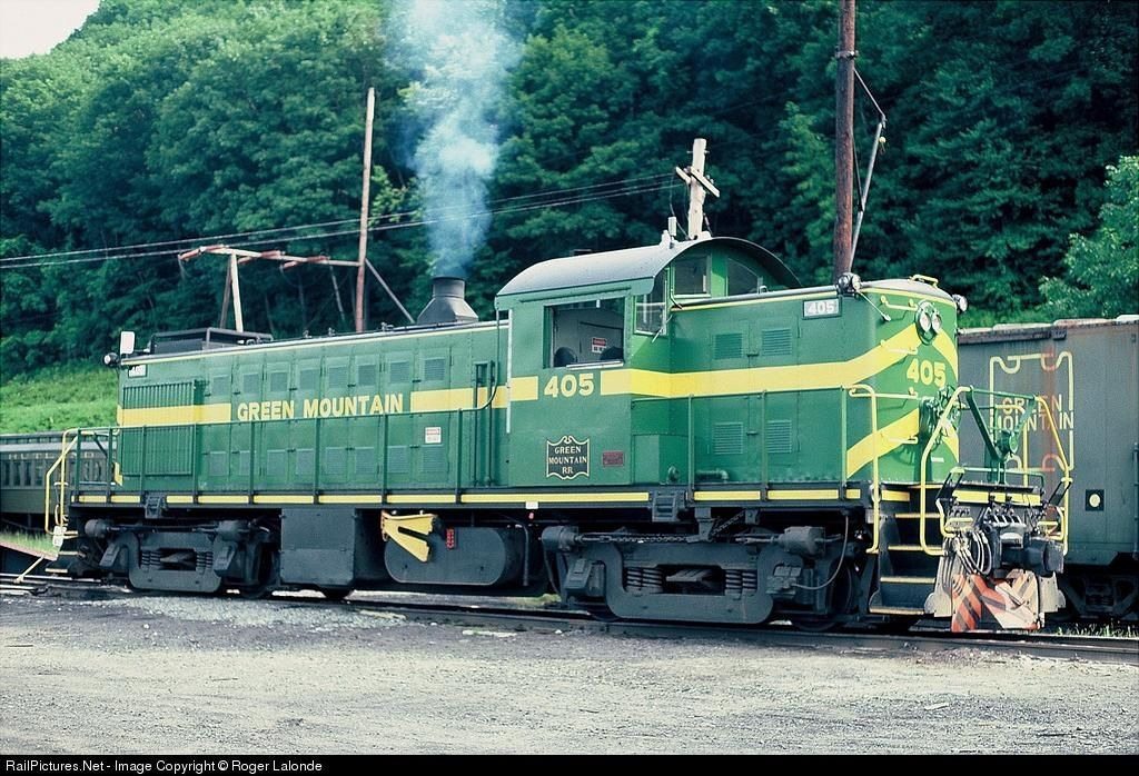 RailPictures.Net Photo: GMRC 405 Green Mountain Railroad Alco RS-1 at North Walpole, New Hampshire by Roger Lalonde