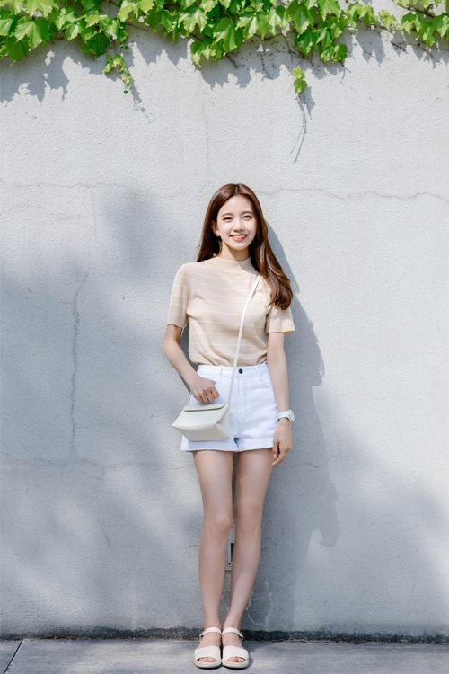 Korean Daily Fashion- Date Look u2665 Long white sleeve blouse Flower strap dress White graphic t ...