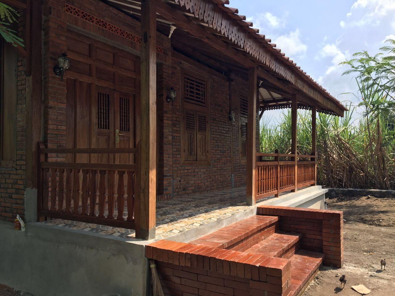 Desain Teras Rumah Kayu Di 2020 Desain Produk Desain Rumah Kayu