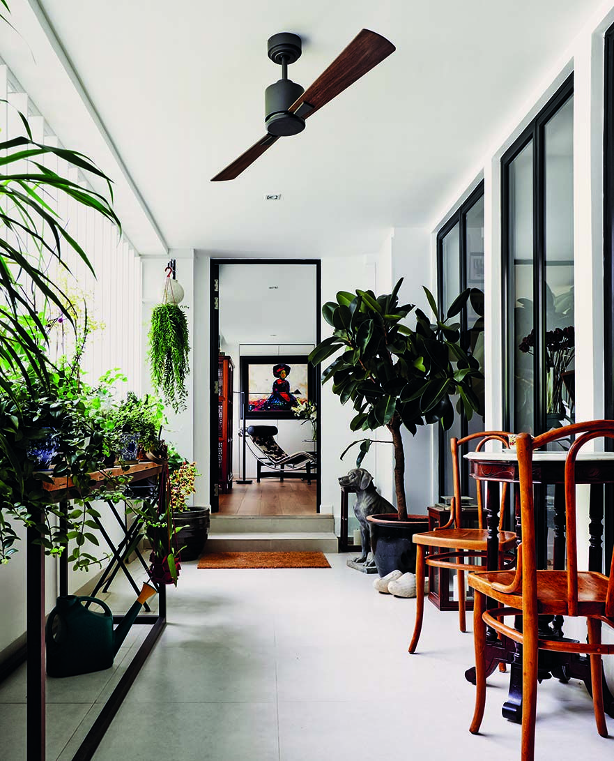 Two Adjoining Three-room HDB Flats Design : ICIA