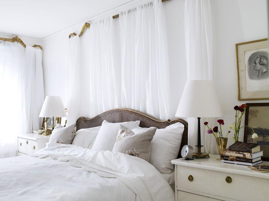 love white on white bedroom