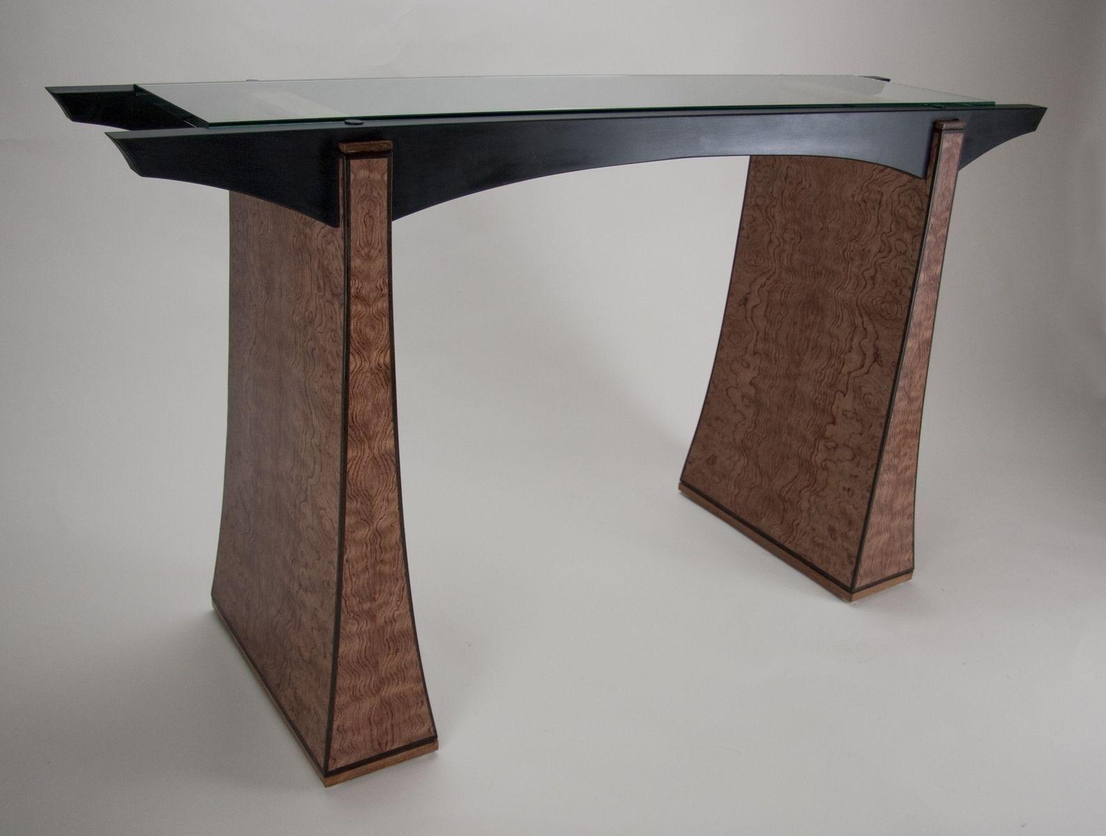 Narrow hallway decor  Choose the Suitable Hallway Tables for Our Home  hallway tables